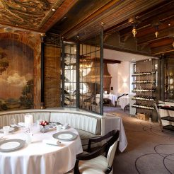 Salle Au Cheval Blanc